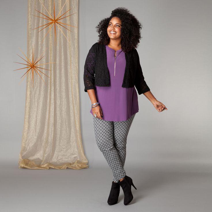 Het korte jasje van kant is een prachtige aanvulling op diverse mouwloze jurken, tops en tunieken om een feestelijke outfit te creëren. Het jasje is ...