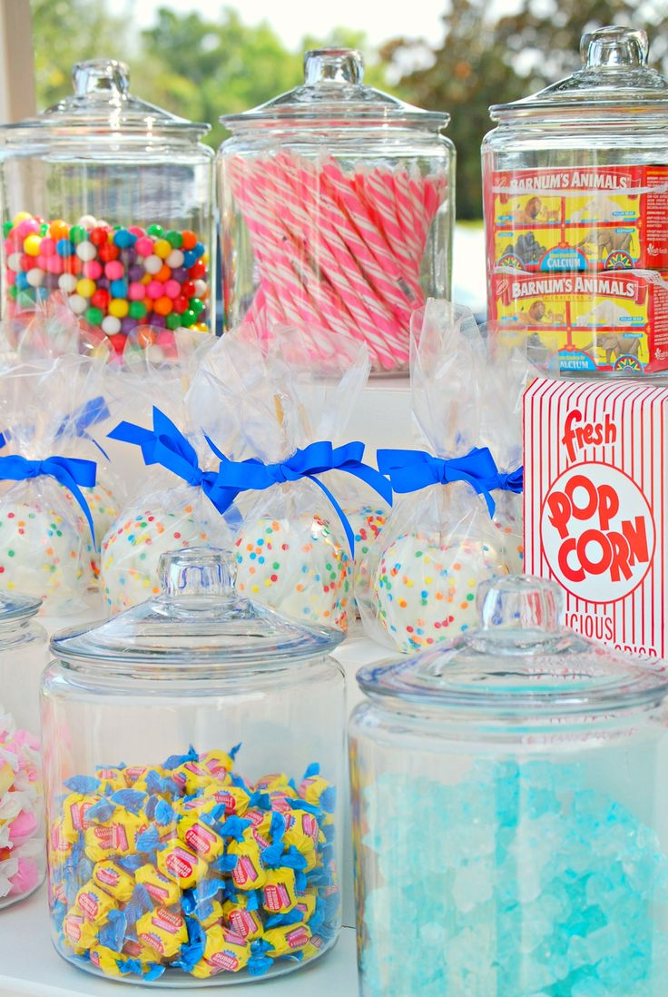 Carnival Candy Table  http://bulkecandy.com