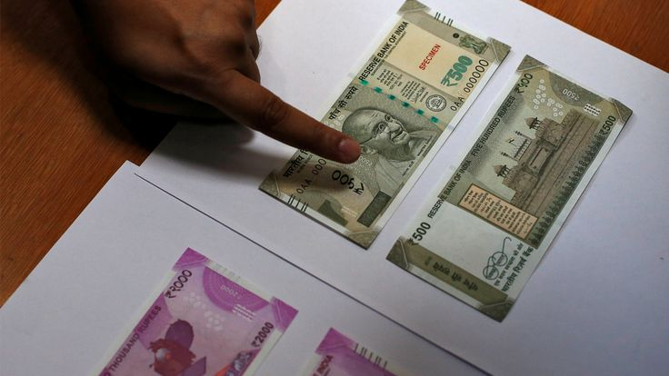 To people's shock and delight after rs500 rs1000 notes banned, they've been carrying bundles of Rs 100, Rs 50 and even Rs 20 and even the new Rs 2,000 notes