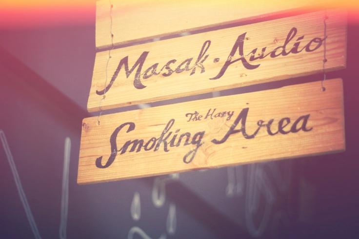 Sign to Studio and Smoking Area