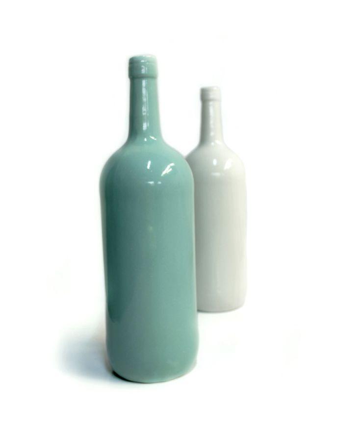 Florero Botella - Decoración vintage. $60.000 COP. Cómpralo aquí --> https://www.dekosas.com/productos/decoracion-hogar-5-am-florero-botella-blanco-detalle