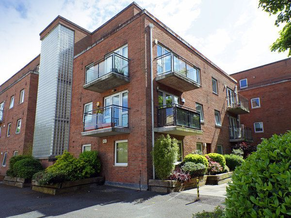 19 Rosedale, Inchicore, Dublin 8 - 2 bed apartment for sale at €250,000 from Brock DeLappe. Click here for more property details.