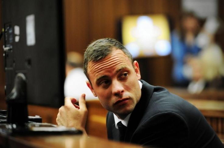Oscar Pistorius starts testimony at his murder trial in Pretoria