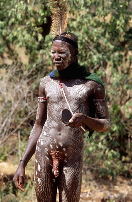 Nude African Native 100