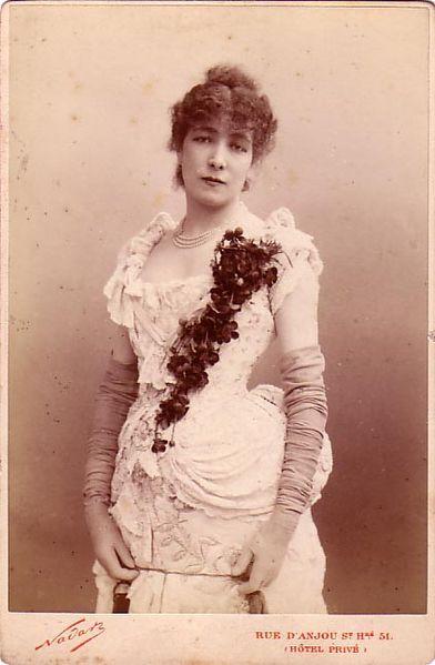 File:Nadar, Félix (1820-1910) - Sarah Bernhardt(1844-1923).jpg