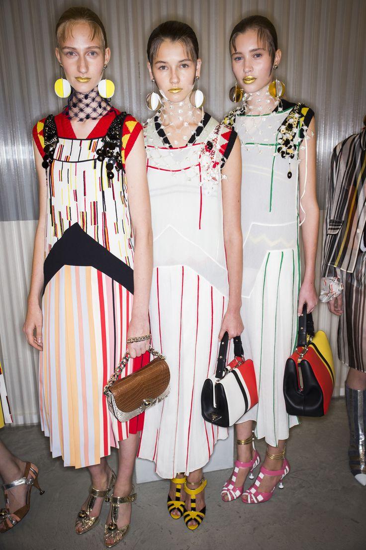 Prada Spring 2016 Ready-to-Wear Fashion Show Beauty