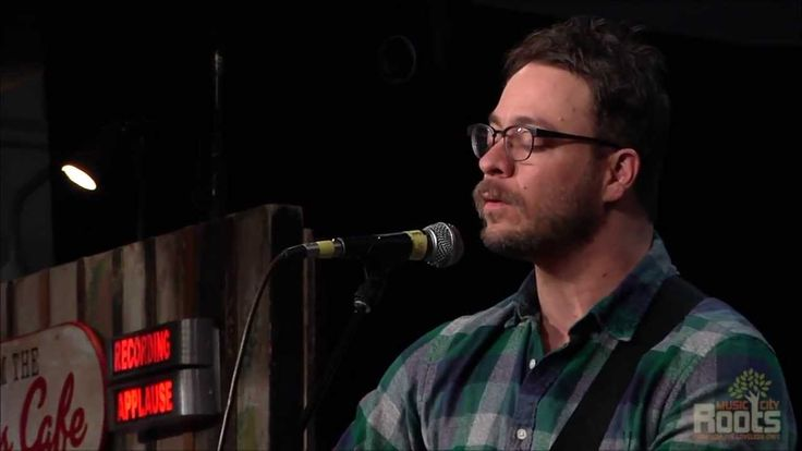 "Amos Lee performing ""A Change Is Gonna Come"" at Music City Roots live from the Loveless Cafe on 1.15.2014."