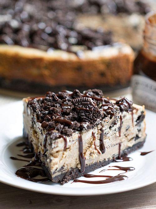 Peanut Butter Oreo Cheesecake