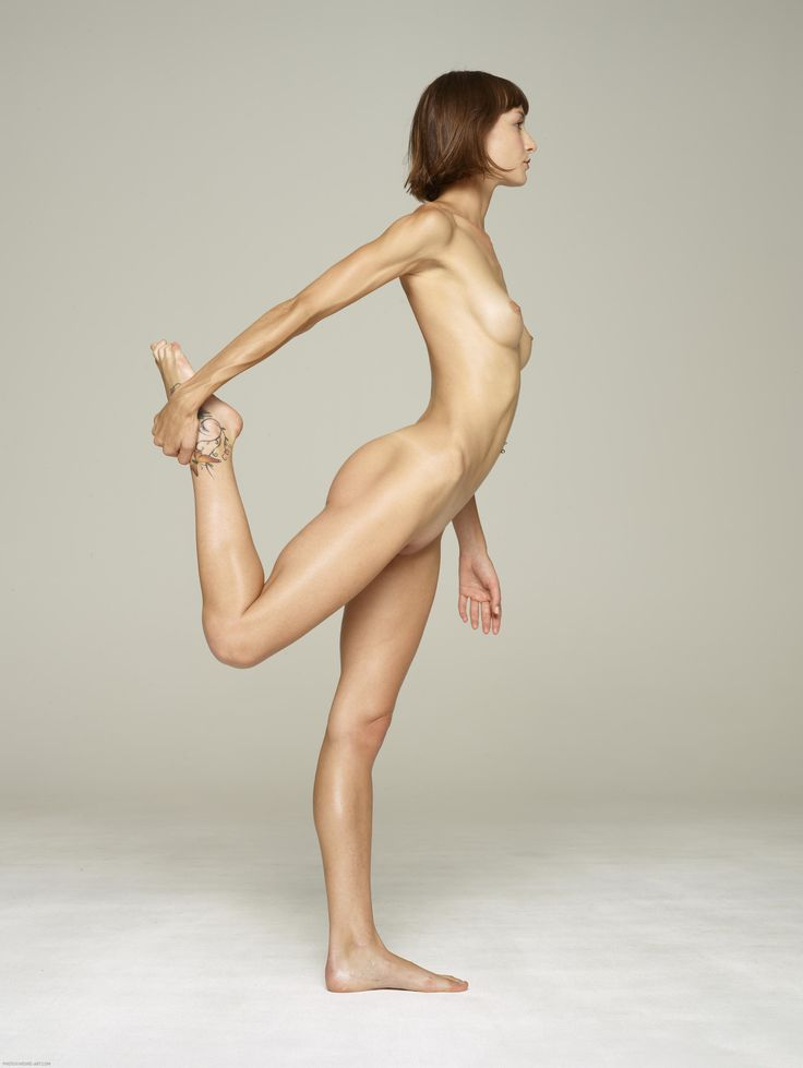 Nude Model Full Figure Poses 55