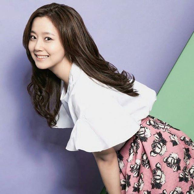 #moonchaewon #goddess  @Regrann from @gd.jw.mcw.fanpage -  My pretty girl 😍❤️❤️ #MoonChaeWon #문채원…