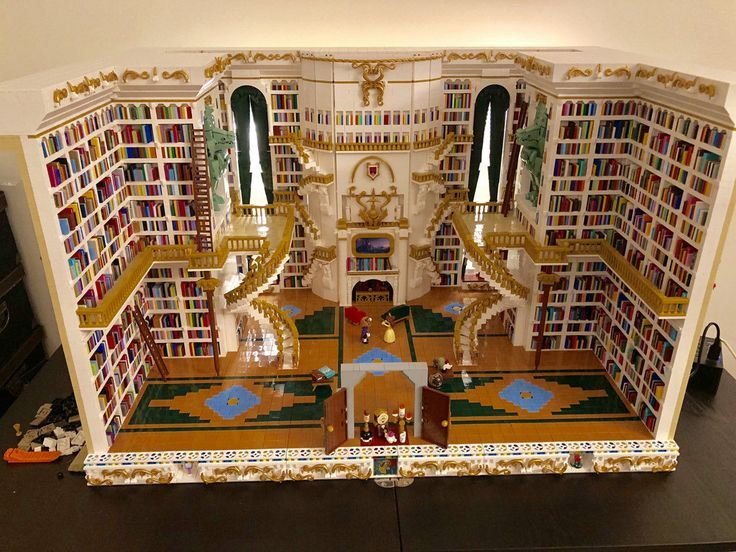 The World's Best Photos of books and lego – Flickr Hive Mind