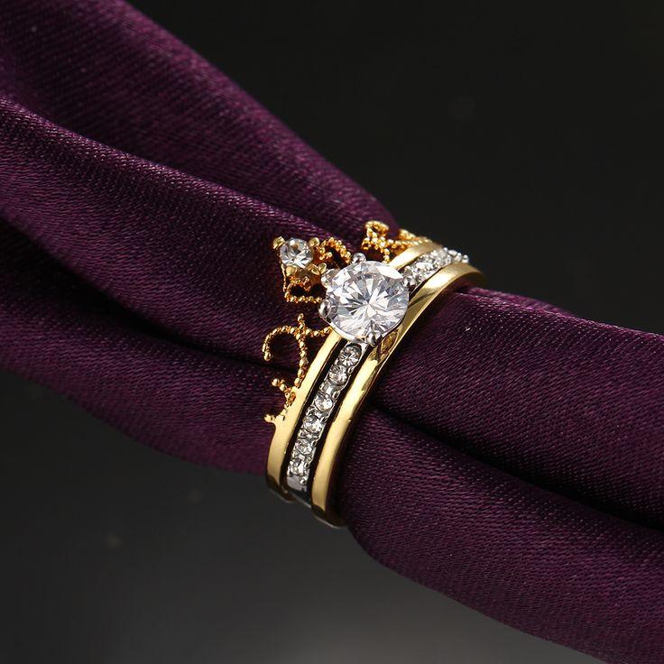 Wedding Gold Kleur Crown Crystal Ringen Luxe Engagement Prinses Ring Set 2 Stuks Hot Anillos Anel CZ Sieraden Voor Vrouwen in                                                                                                                    van ringen op AliExpress.com | Alibaba Groep