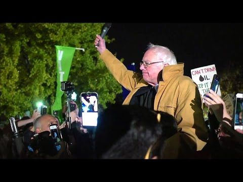 Bernie Sanders' Surprise Speech Outside the White House on Rejecting Dakota Pipeline & Trump - YouTube
