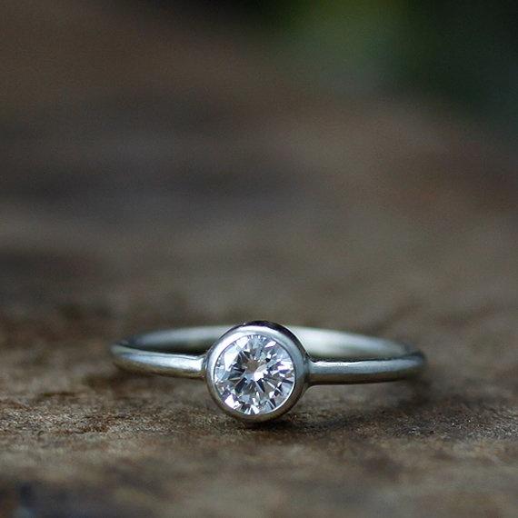 Andrea Bonelli  San Francisco Bay Area, California, United States    i want this!San Francisco Bay, Engagement Ring