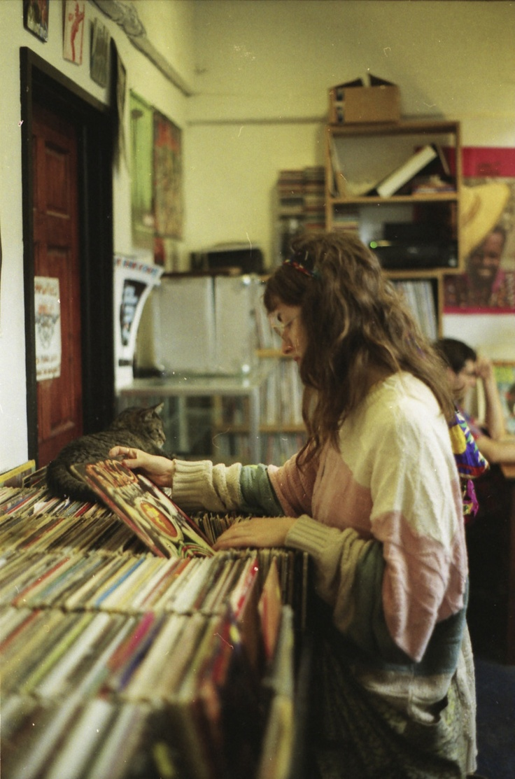 52 best Record shop images on Pinterest | Vinyls, Vinyl records ...