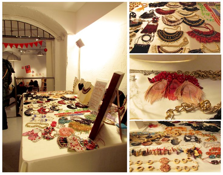 L'esposizione della Zarina delle Collane il 4 Dicembre 2016 - La Zarina delle Collane's necklaces at a market event in Milan, 4 December 2016 - https://lazarinadellecollane.wordpress.com