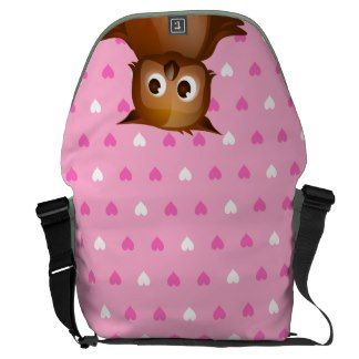 Cute Owl on Pink Heart Pattern Background Courier Bag