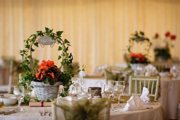 Verde cât vezi cu ochii: Cortul I Do Weddings- Pentru nunți în aer liber, București | http://nuntaingradina.ro/verde-cat-vezi-cu-ochii-cortul-i-do-weddings-pentru-nunti-in-aer-liber/