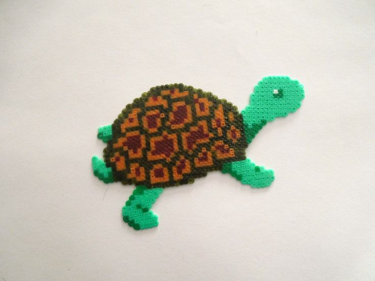 Turtle hama mini beads by Cristina Arribas