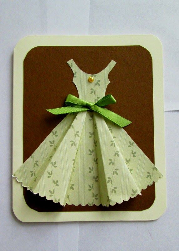 Yellow Origami Bird: 3D Dress Card Tutorial—haven't seen these for a while...