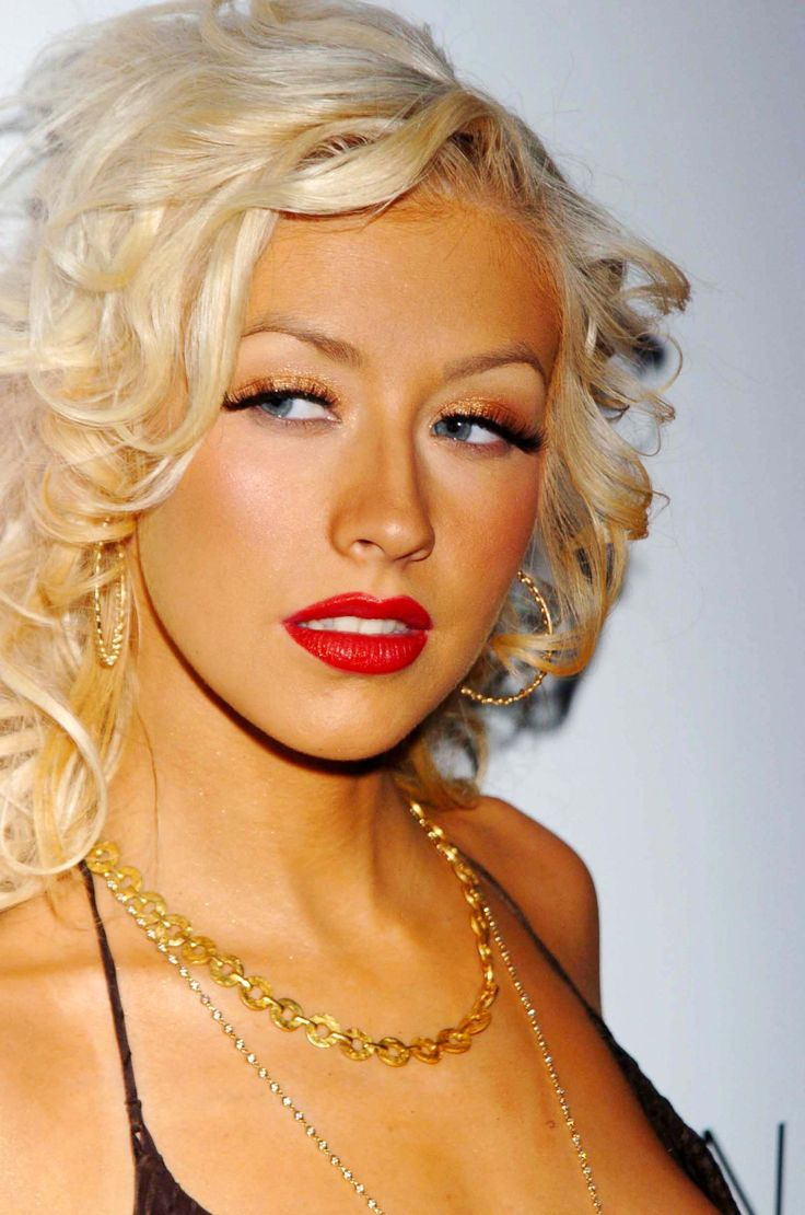 68 best Christina María Aguilera images on Pinterest | Christina ...