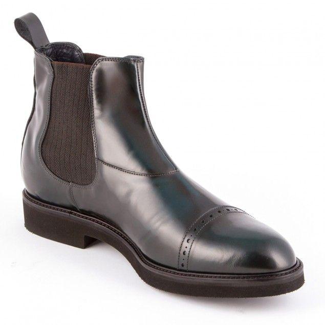Stivali chelsea uomo made in Italy mod. Liverpool. Gli stivali, oltre ad essere realizzati con il migliore pellame in commercio, sono dotati di rialzo interno che aumentano la tua statura fino a 7 cm in più: http://disimonecalzature.it/prodotto/scarpe-con-rialzo-uomo/scarpe-rialzate-casual/liverpool/  #chelsea #modauomo #stivaliuomo #rialzointerno #elevatorshoes #heightincreasingshoes #stivalirialzati