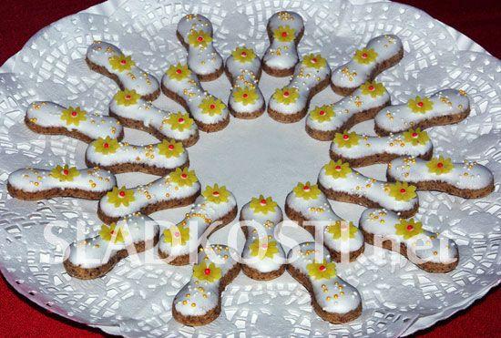 Ořechové jazýčky s citrónovou polevou