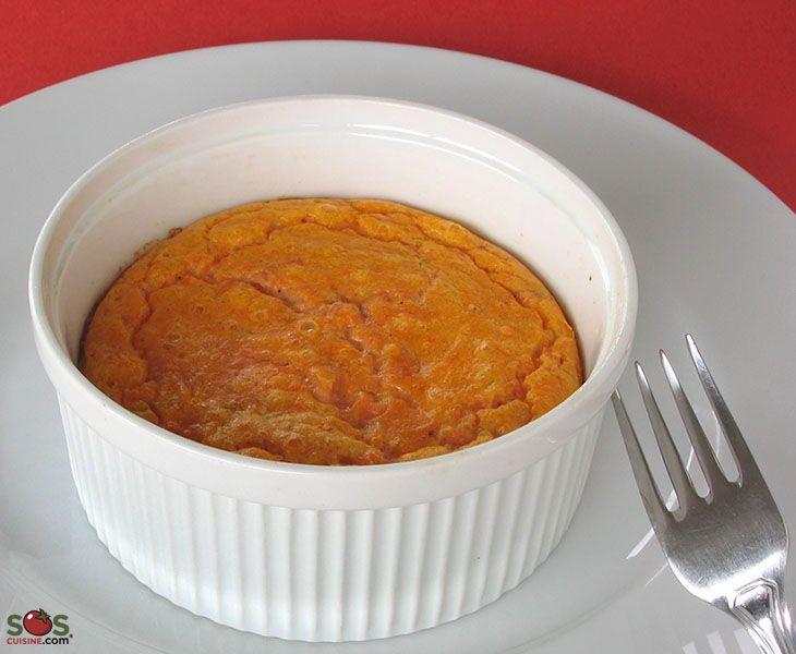 SOSCuisine: #Soufflé au #saumon fumé  Un plat léger et aéré à base d'oeufs et de saumon fumé.