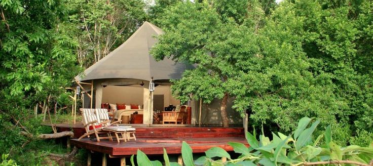 The Komati Tented Camp situated in the Nkomazi Game Reserve in a unique malaria free part of the Lowveld. This ultra-luxurious tented camp is situated on the thickly vegetated banks of the Komati River in the Barberton Mountains. All the suites are spacious, superbly furnished and adequately positioned for privacy.