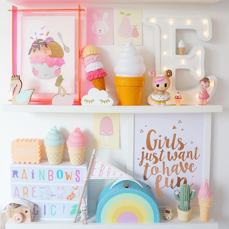 """Inspiration for kids on Instagram: """"Shelfie goodies, how cute isn't miss Donutella from @houseofdreams.se #ebbasroom"""""""