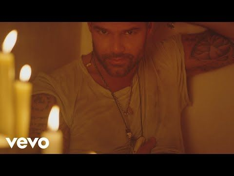 Ricky Martin – Fiebre (Official Video) ft. Wisin, Yandel | UNAVAINA.NET