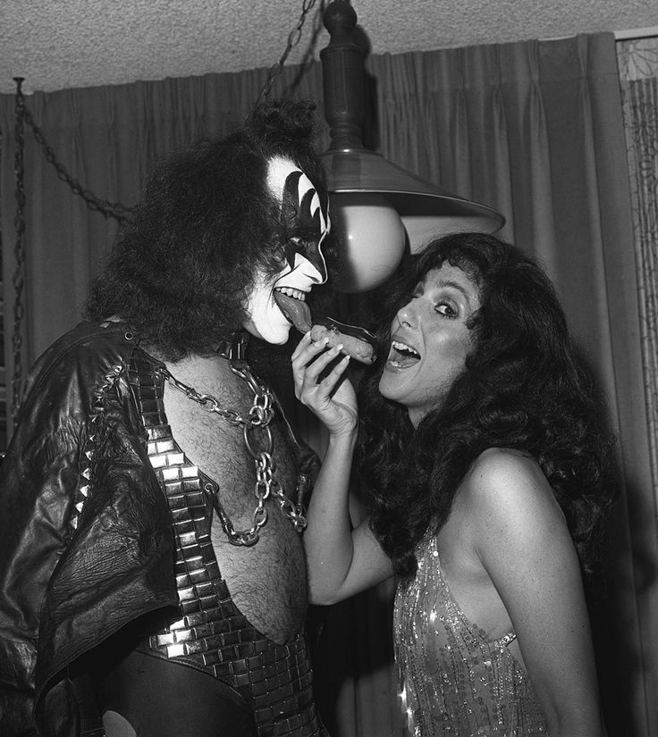 Kiss Band Members With Makeup: When Cher Dated Gene Simmons In 1979, He & The Members Of
