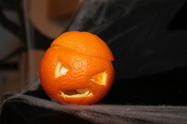 Une orange lumineuse...