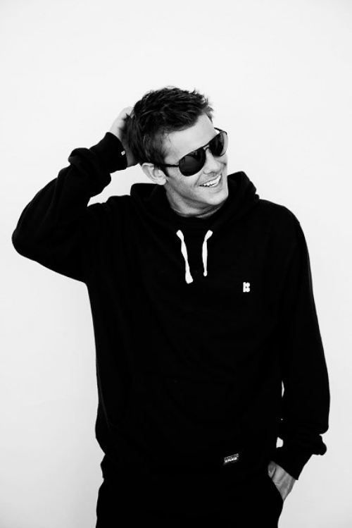 ryan sheckler......oh ok somebody is grown up now! cutie <3