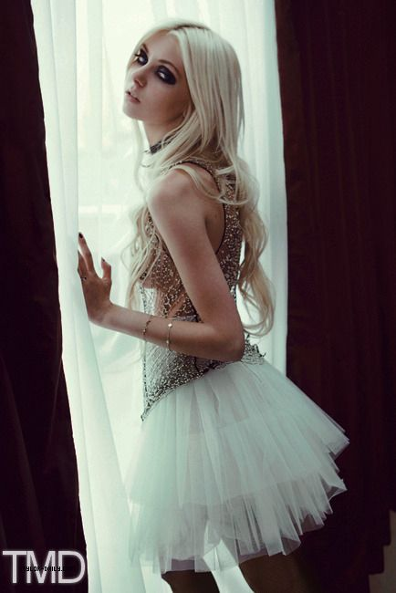 Taylor Momsen; from the pretty reckless, gossip girl, and Cindy Lou Who. <3 Love her