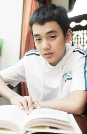 yoo seung ho childhood photos - Google Search