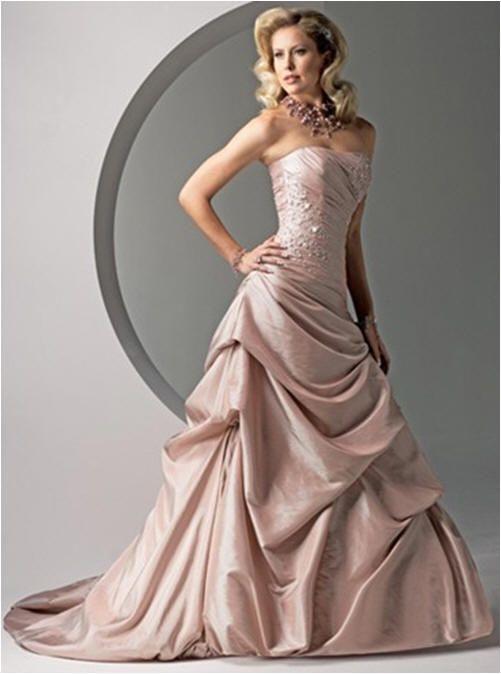 Pink Wedding Ideas - balloon hem wedding dress