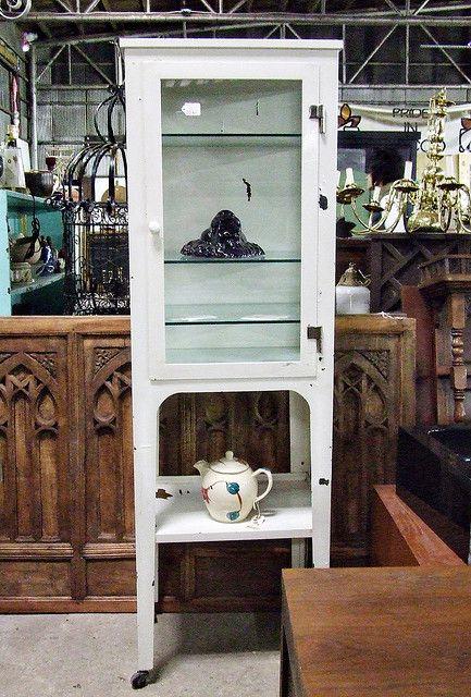 vintage medicine cabinets | Vintage Medicine Cabinet | Flickr - Photo  Sharing! I WANT one - Best 20+ Vintage Medicine Cabinets Ideas On Pinterest Farmhouse