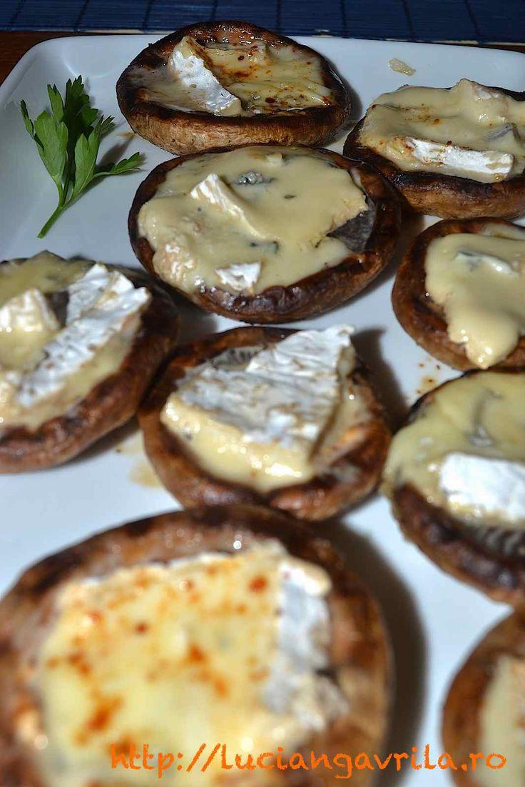 Grilled champignons with blue cheese Ciuperci cu brânză albastră la tigaia-grill