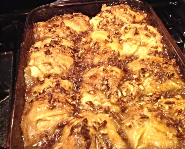 It is amazing what you can create when the pantry is getting bare. That is how I created this dessert.  I had 3 apples, a tube of crescent dinner Rolls, 1 can of ginger Ale, and SOME zero calorie sweetener,& butter.  I wanted something sweet that would not spike my blood sugar levels too high, and this was quick and easy and really tasted great.  I was very pleased with the outcome, had seen recipes before using Mountain Dew, but I only had ginger ale and it worked great. The vanilla Bean...