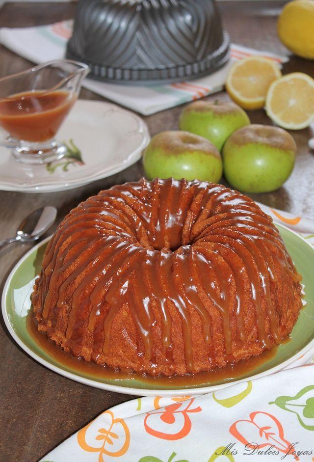 Bundt Cake de manzana y limón con Salsa de caramelo salado - Mis Dulces Joyas