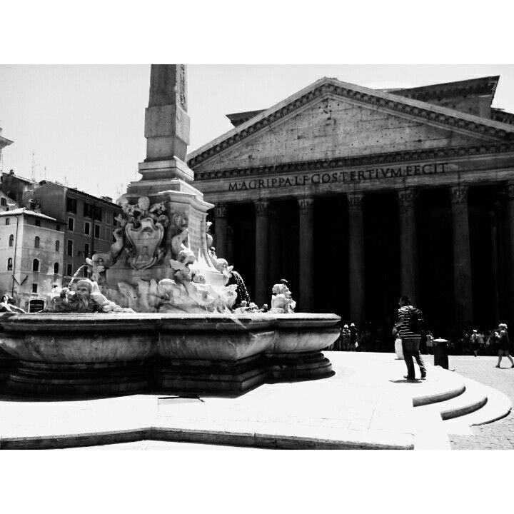 Pantheon,rome