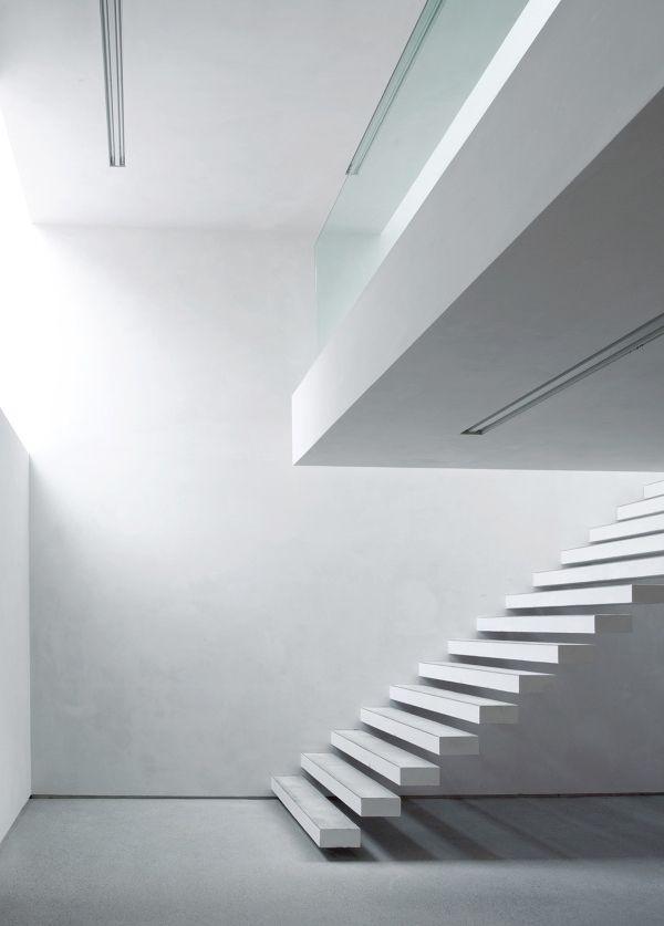 architecture white house for art by deppisch architekten. Black Bedroom Furniture Sets. Home Design Ideas