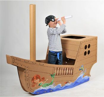 This large cardboard pirate ship with small cabin is the gift for real pirates! Including a turnable wheel, anchor and short knurling you can build yo
