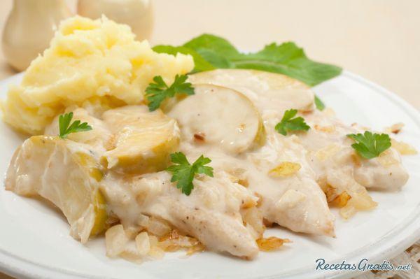 Pollo en salsa blanca fácil