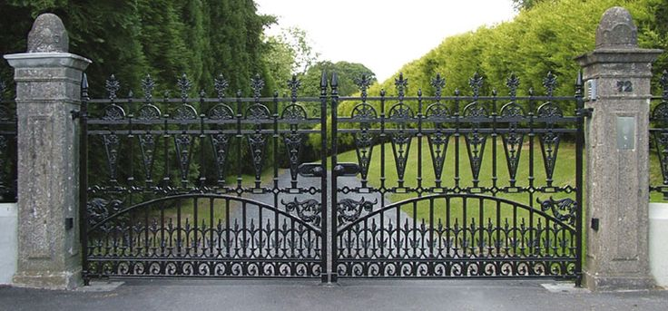 Don't need the mansion, just the iron gates! (okay, so I do need the mansion-but would happily start with just the iron gates)