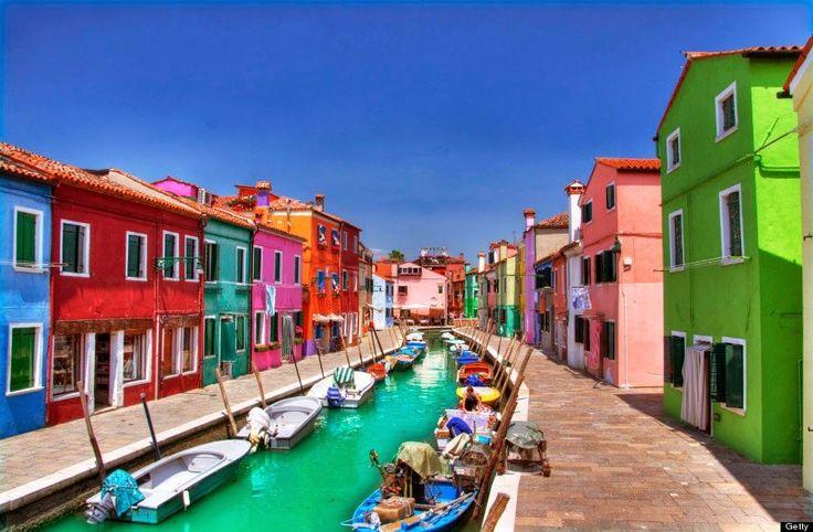 Burano - A pequena cidade colorida da itália