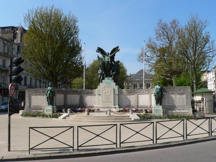 Monument à Dieppe   Les monuments aux morts - Ernest Dubois