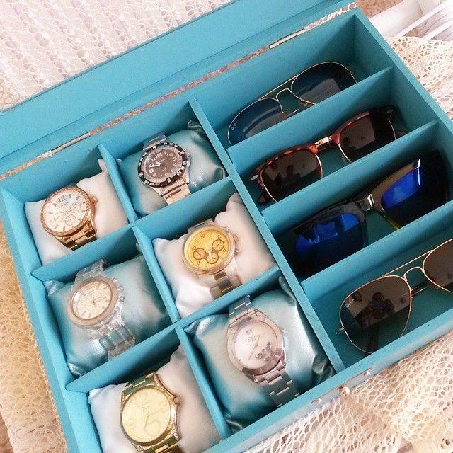 Porta óculos e relógio. Instagram: @karineakuarela.