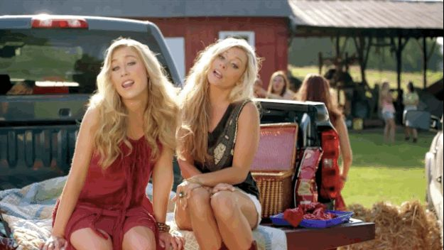 "Maddie And Tae, ""Girl In A Country Song"" 